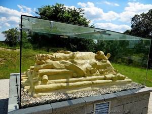 Model stosu pogrzebowego wojownika